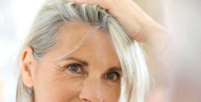 Les cheveux gris n'existent pas