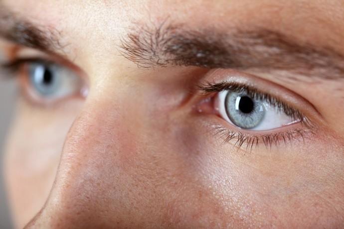 14 choses que disent vos yeux sur votre santé