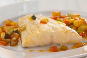 https://jeune-bienetre-magazine.fr/wp-content/uploads/2017/06/filet-de-poisson-aux-petits-legumes-light-au-four-300x200.jpeg