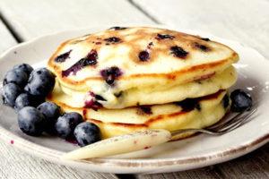 https://jeune-bienetre-magazine.fr/wp-content/uploads/2017/08/pancake-myrtilles-300x200.jpg